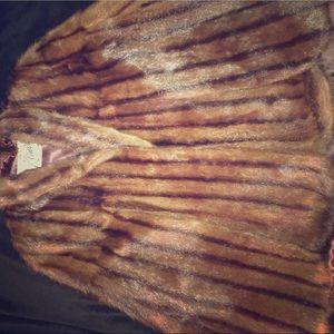 Jackets & Blazers - Vintage mink cape